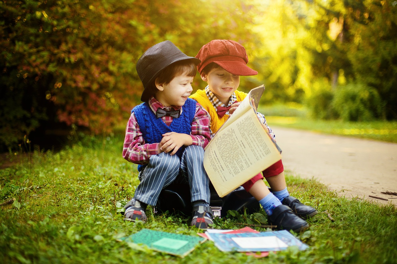 say goodbye to old friends when moving with kids