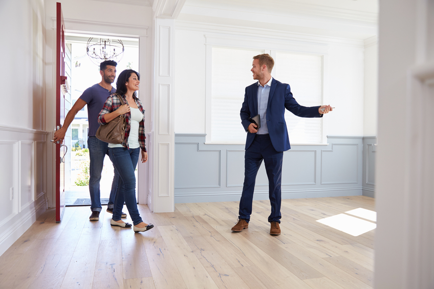 tips for selling a home: be ready to show