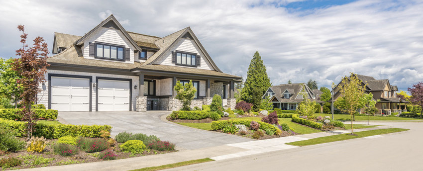 beautiful home with good curb appeal