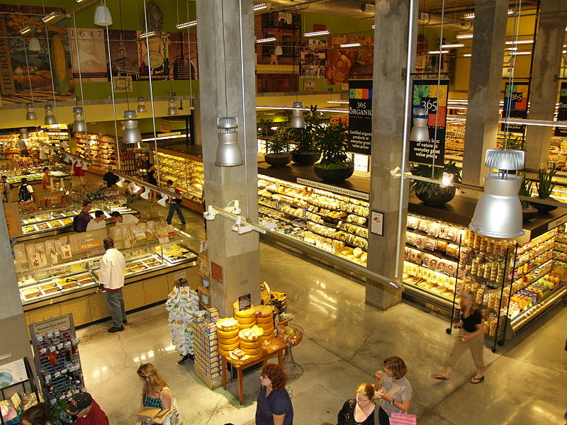 whole foods grocery store near macgregor downs